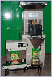 Weight Filler Sealer Machine